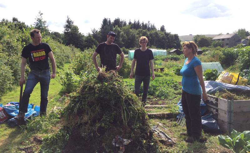 Town is the Garden — Building a compost heap